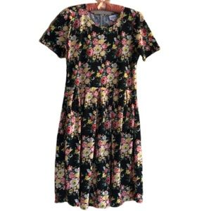 LuLaRoe Amelia Plus dress in black rose pattern